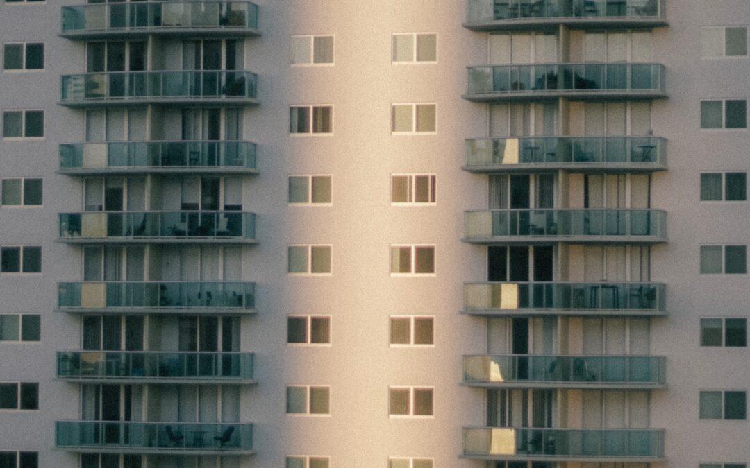 Garder un bien immobilier commun dans le cadre d'un divorce amiable